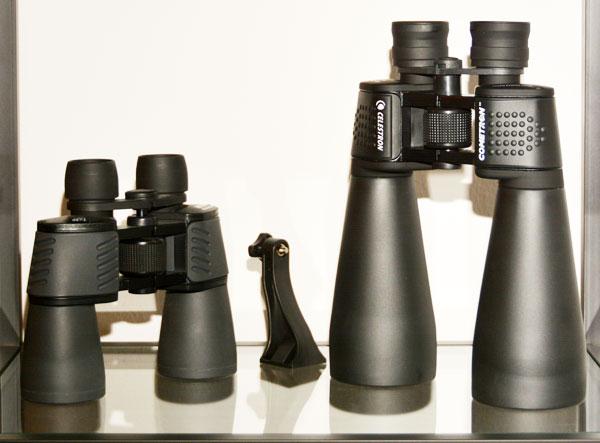 Links: ein 7x50 von Photo Porst, Baujahr ca. Mitte der 90er Rechts: Das Cometron 12x70