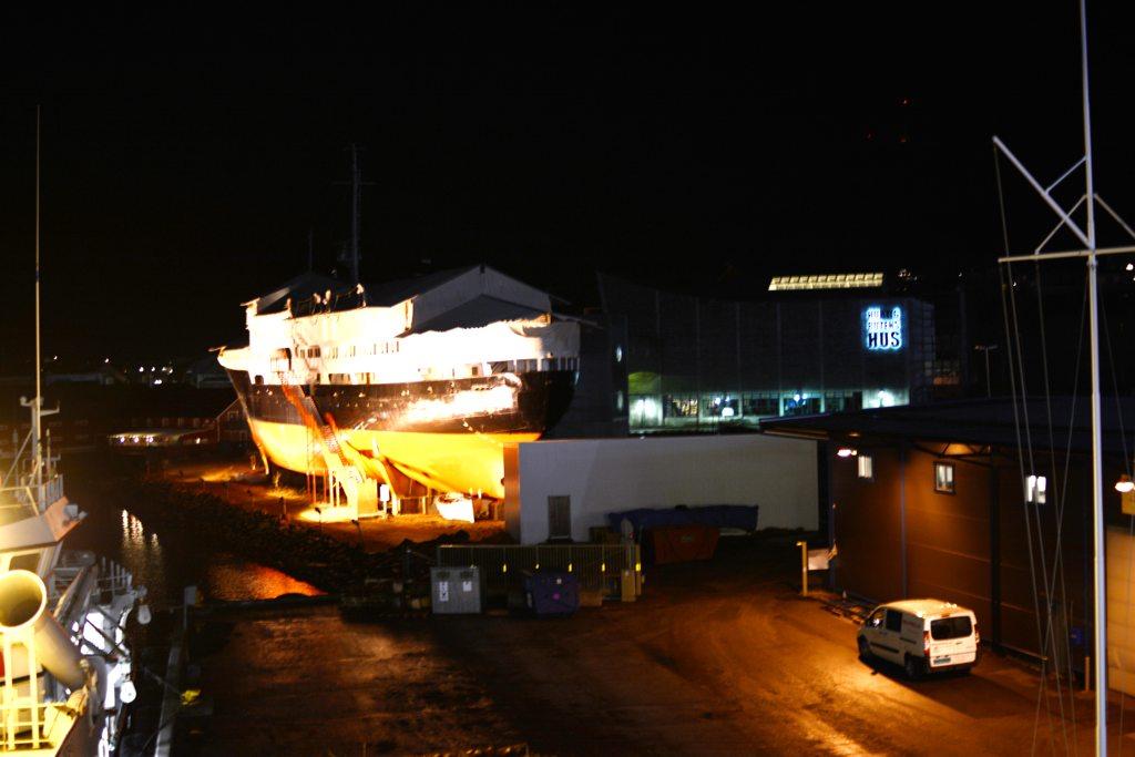 Die Finnmarken am Hurtigrutenmuseum in Stokmarknes.
