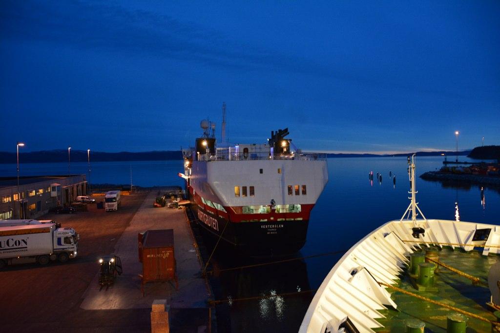 MS Vesterålen im Trondheimer Hafen