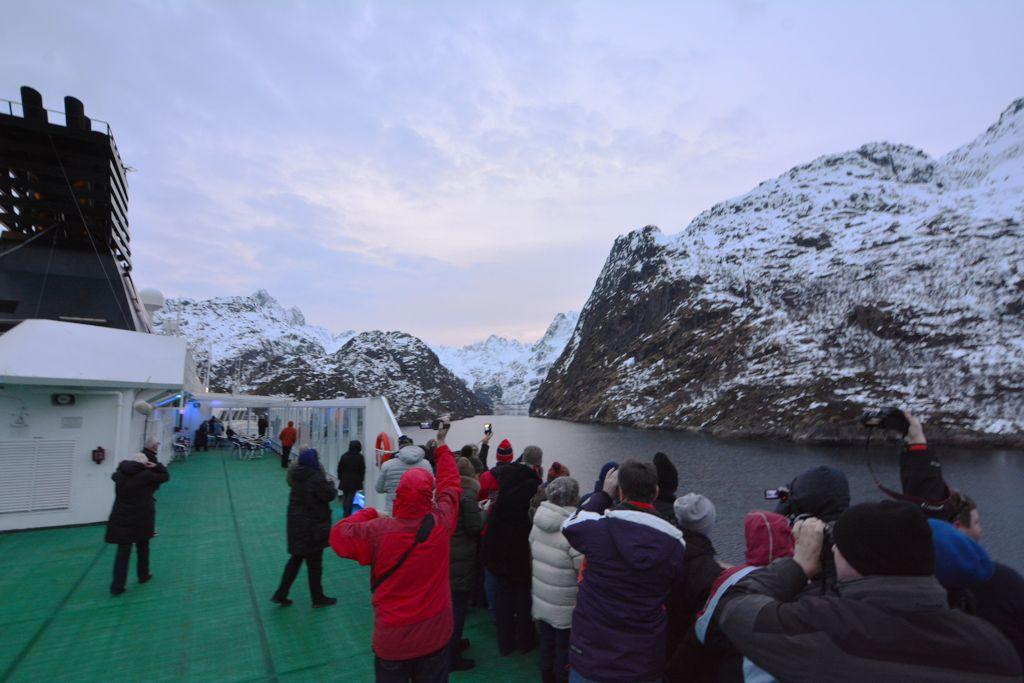 Wer macht das erste Bild vom Trollfjord?