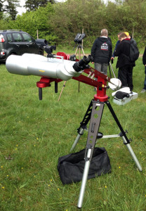 Die 10Micron Leonardo mit einem 100mm-Fernglas auf dem TAN.