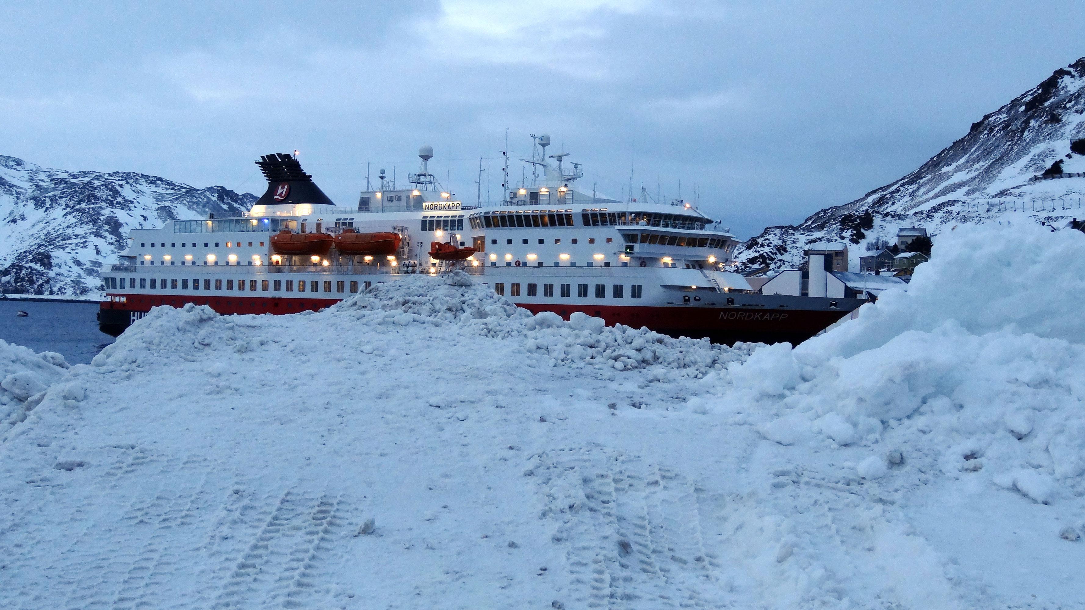 MS Nordkapp in Honningsvåg