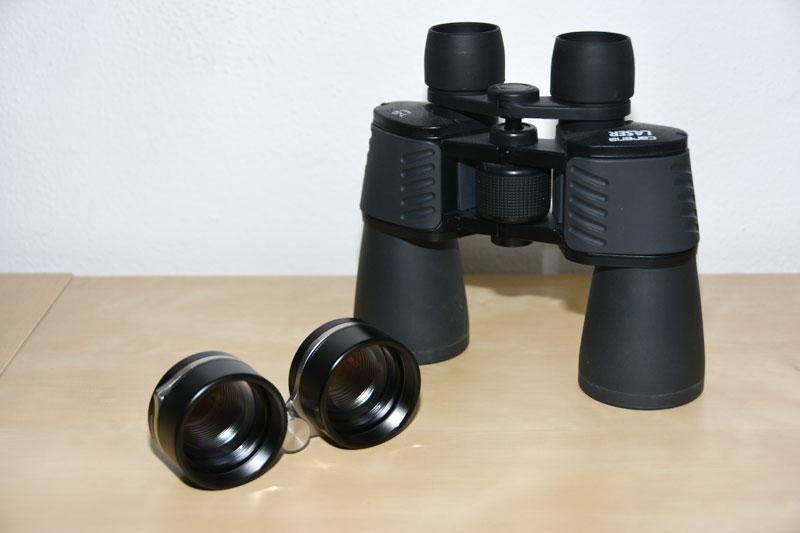 Vixen 2,1x42 und ein 7x50 Porro-Fernglas.