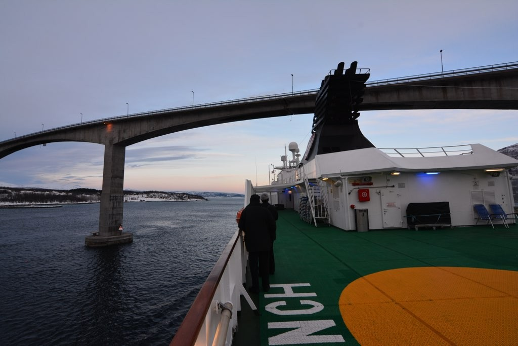 Die 1,5km lange Gisundbrücke – Maßarbeit mit der Nordkapp.