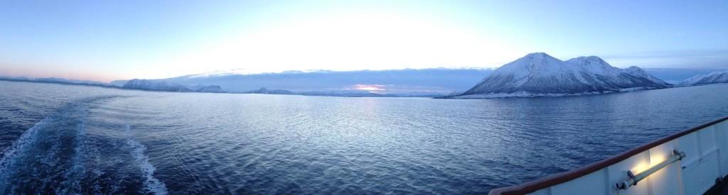 Morgens um 10, nordwestlich von Harstad: Ein schöner Morgen!
