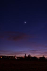 Venus im Goldenen Tor der Ekliptik – 14. April 2015, 21:16 MESZ