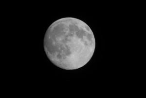Der Mond durch's Spektiv
