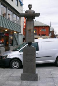 Das Denkmal erinnert an das Unglück der Earling Jarl