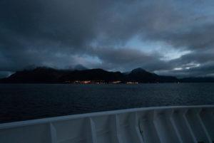 Erster Blick auf Øksfjord