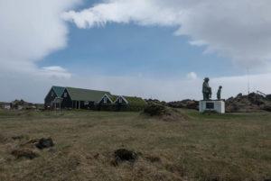 Alte Torfhäuser in Hellissandur