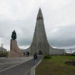 Hallgrímskirkja und Leif-Erikson-Denkmal