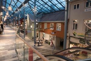 Regen im Trondheim Torg